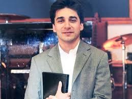 IRAN PUNISH CHRISTIAN PASTOR FOR SINGING HYMNS